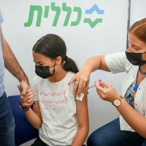 Израел иска да ваксинира ученици по време на учебните занятия
