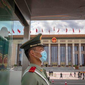 Китай призна, че в Ухан има 3 живи щама на коронавирус от прилеп