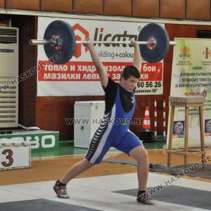 Костадин Костадинов със сребърен медал от Държавното по вдигане на тежести