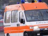 Лек автомобил отне предимство и удари моторист в Златоград