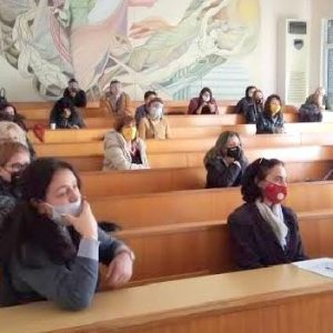 """ПГ по икономика приключи работата по проект """"Здрав ум – успехи в училище"""""""