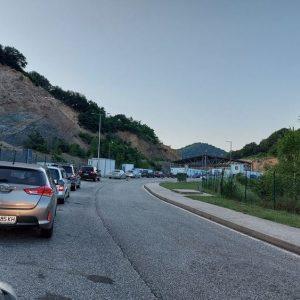 Спокоен трафик към Гърция през Маказа, на Кулата-опашки