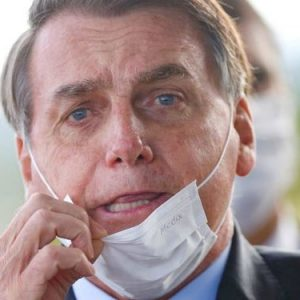 Бразилските журналисти ще съдят президента Болсонаро заради коронавируса