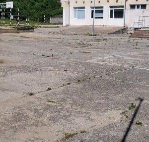 В Неделино тръгва проектът за ремонт на училищния двор, стойността му е 650 хиляди лева