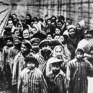 Почина последният останал жив освободител на Аушвиц, Давид Душман