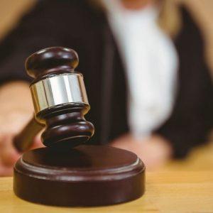Съдът оправда Малин Младенов, организирал протести срещу замърсяването на въздуха от свинеферма